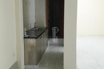 Cần bán nhà B1 - khu tập thể Khương Thượng, quận Đống Đa