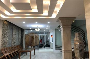 Villas Saigon Pearl đường Nguyễn Hữu Cảnh cho thuê