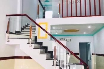 Nhà đẹp giá rẻ ngay trung tâm y tế Dĩ An, gần DT743, gần D1. Liên hệ 0968.920.789