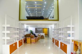 Cho thuê văn phòng phố Tôn Đức Thắng Đống Đa - diện tích 200m2 x 6 tầng, mặt tiền 6.5m, nở hậu hơn
