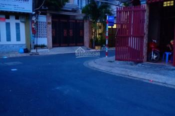 Cho thuê nhà phố đường Số 28, Phường Tân Phong, Quận 7