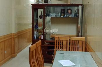 Cho thuê nhà riêng phố Lò Đúc, Thọ Lão 45m2 x 3T ô tô vào được nhà đủ đồ giá 20tr/th, 0944288466