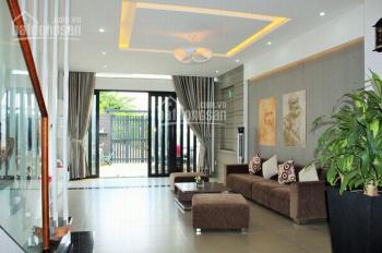 Bán nhà 6 tầng Lạc Long Quân, Tây Hồ, Hà Nội, DT 55m2, kinh doanh, gara ô tô, thang máy