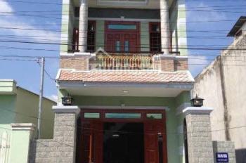 Gấp! Bán căn nhà 1 trệt 1 lầu, diện tích 80m2, khu chợ Việt Kiều, Củ Chi, sổ hồng riêng, giá 1 tỷ 4