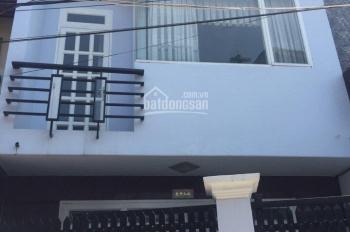 Bán nhà 1 trệt, 1 lầu, giá 5,5 tỷ, đường Nguyễn Thị Định rẽ vào, Quận 2. LH: 0902126677