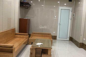 Nhà riêng 50m2 đầy đủ nội thất đường Bạch Đằng gần bệnh viện 108, giá 7,5tr/th, LH: 0902127450