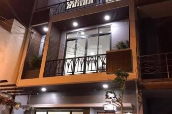 Bán nhà mặt tiền Nguyễn Bá Tòng (5.7mx17,2m) 1 trệt + 2 lầu, giá: 12 tỷ, Phường 11, Tân Bình