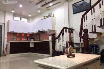 Cho thuê nhà 3,5 tầng đẹp đủ đồ ở Tân Mai, giá 6tr/tháng. LH: 0946913368