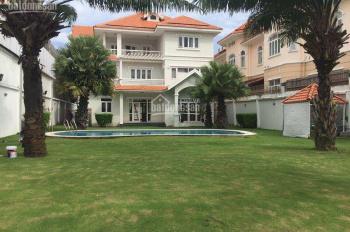 Biệt thự trung tâm Thảo Điền, 1300m2, sân vườn, hồ bơi cực rộng và đẹp, giá tốt chỉ 155,827 tr/th