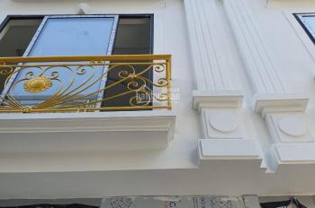 Nhà đẹp La Khê cần bán, ngõ rộng, thông thoáng ô tô đỗ cửa S = 33m2x 4T giá 2.57 tỷ, LH: 0988262346