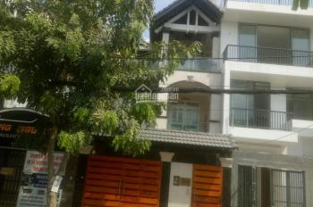 Cho thuê nhà mặt tiền đường 75, P Tân Phong, quận 7