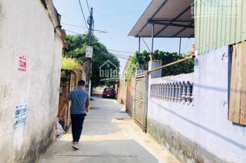 Bán 61m2 thôn Cam, Cổ Bi hai mặt thoáng, ngay gần chợ Vàng. LH 0987498004
