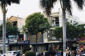 Bán nhà 3 tầng MT 176 Điện Biên Phủ, DT: 125m2 có thu nhập 38 tr/tháng, giá 19.5 tỷ