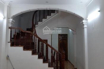 Mình cho thuê nhà riêng 70m2 4 PN Khương Đình - Ngã Tư Sở để ở, VP, giá 13tr/th. LH 0961442722