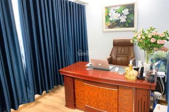 Cho thuê văn phòng Charmington Q10, 40 m2, giá 10 triệu/tháng . LH : 0938 655 315 Mr Bảo Phúc