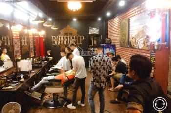Sang tiệm tóc Nam Barber siêu đông, tặng trang FB 10K like, LH 0987887845