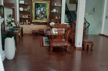 Cho thuê căn biệt thự mặt tiền Vân Côi, P7, Tân Bình. LH 0783.79.99.79