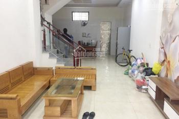 Bán nhà 3 tầng ngõ 75, đường Kiều Sơn, Văn Cao, 2,1 tỷ. LH: 0704197668