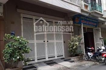 Cho thuê nhà mặt ngõ 26 phố Đỗ Quang. Diện tích 60m2 x 4 tầng, cách mặt phố 20m