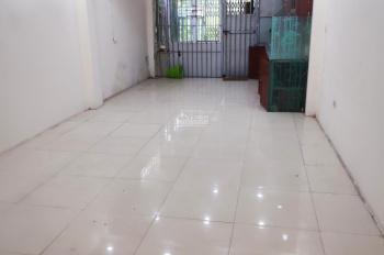 Cho thuê cửa hàng, văn phòng tại đường Phúc Diễn Nam Từ Liêm, DT 100m2