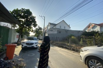 Bán đất hẻm 189 đường Nguyễn Thị Minh Khai, P. Phú Hòa, TP. Thủ Dầu Một. 308m2, giá 4,2 tỷ