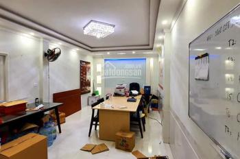 Nhà 45m2, 5 tầng, ô tô, văn phòng, sát phố Vũ Tông Phan, Ngã Tư Sở, quá rẻ 4.38 tỷ