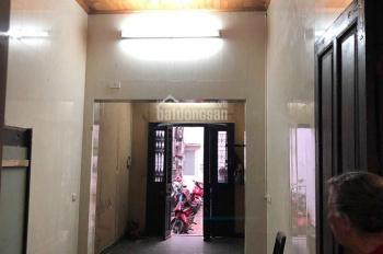 Cho thuê nhà khu phân lô Hào Nam - Vũ Thạnh. Giá 12 triệu/tháng, S: 100m2 x 3 tầng