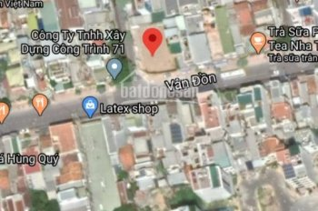 Cho thuê lô góc ngang 15m vỉa hè rộng ở đường Vân Đồn, trung tâm TP Nha Trang