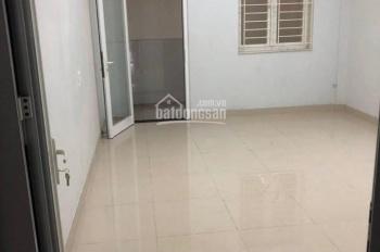 Bán nhà MT đường Bình Phú, P. 10, Q. 6, nhà mới 4.5 tấm, 4 x 21m, giá 16 tỷ. LH 0902703447