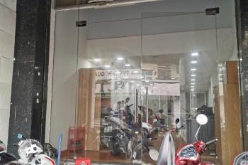 Cho thuê nhà 5 lầu, 8 phòng, mặt tiền kinh doanh Huỳnh văn Bánh, Q. Phú Nhuận 44 triệu