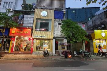 Cửa hàng gần phố Kim Mã đông đúc vỉa hè rộng đẹp giá rẻ