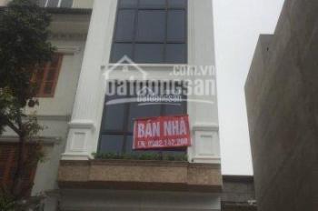 Bán nhà đẹp diện tích 56.8m2, bán nhà mặt phố, bán nhà tại quận Long Biên. LH 0902142260