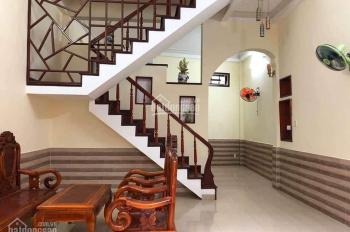 Cho thuê nhà giá rẻ gần ngã tư Lê Độ và Trần Cao Vân