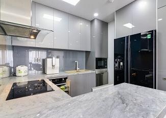 Cần bán căn hộ cao cấp Galaxy 9, Quận 4. DT 105m2, 3PN, nhà đẹp, sổ hồng, gía: 5 tỷ, LH: 0909130543