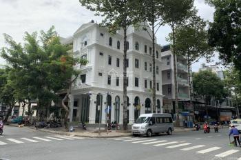 Bán khách sạn góc 2 mặt tiền Phạm Văn Nghị và Phan Khiêm Ích, khu Phú Mỹ Hưng, Quận 7, giá 69 tỷ