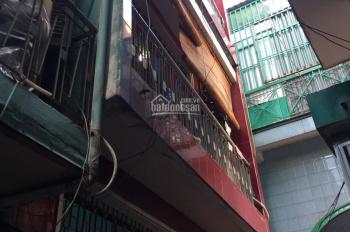 Nhà chính chủ nay chủ cần tiền bán nhà hẻm, gần MT Trần Hưng Đạo, DT 4x4m, giá 3 tỷ (TL)