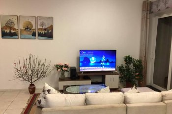 Chính chủ cho thuê căn 71m2 2 ngủ full đồ đẹp Rừng Cọ. LH xem nhà: 0966399881