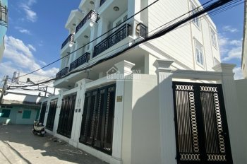 Bán nhà 2 lầu đường 16, Phạm Văn Đồng, Hiệp Bình Chánh, Thủ Đức, SHR, chỉ 5 tỷ 980. LH 0778698776