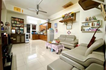 Chính chủ bán căn hộ 68.1m2, 2PN chung cư CT5 Xa La. Nhà đẹp như hình, nội thất đầy đủ