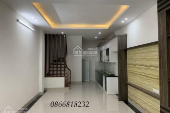Bán nhà đẹp phố Ngô Quyền - KĐT Văn Khê 34m2 *5t oto vào nhà kd tốt full hết nội thất, giá 3.18 tỷ