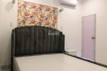 Phòng cho thuê 3,5 triệu Nguyễn Văn Cừ quận 1, diện tích 40m2 có ban công rộng. Full nội thất
