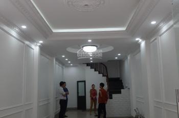 CC bán nhà liền kề đô thị Văn Khê (50m2 x4m) hướng Đông Nam. Giá 5,9 tỷ giờ bán 5,78 tỷ