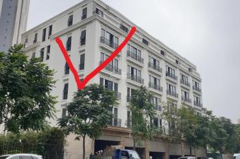 CC bán nhà mặt phố 28 Trần Bình 7Tầng cả hầm căn góc 3 mặt tiền 104m2 thang máy, 35.5tỷ, 0944800084