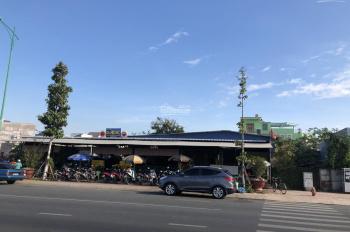 Cho thuê mặt bằng mặt tiền đường Lê Duẩn, Phan Thiết, 1300 m2, 3 mặt tiền đường, LH: 0903390586 Hải