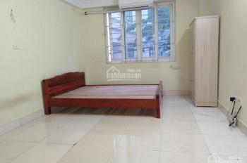 Cho thuê phòng trọ tại ngõ 58 Nguyễn Khánh Toàn - Cầu Giấy, giờ giấc thoải mái
