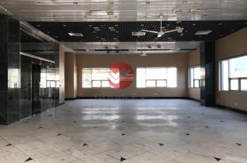 Văn phòng cho thuê quận 1 190m2 vị trí TT hành chính, view sáng giá rẻ LH 0933725535 Phong