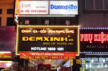 Cho thuê nhà MP Bạch Mai, DT 40m2, MT 4,3m, giá 22 tr/th