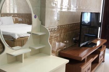 Cần bán khách sạn sang trọng đường Nguyễn Huệ - Huế - giá rẻ bao nội thất