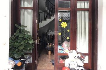 Chủ cần tiền bán gấp nhà 5 tầng DT 47.5m2 mặt đường Nghi Tàm,  Tây Hồ cuối đường Thanh niên