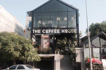 Cần bán nhà mặt phố Hoàng Cầu - Căn nhà đầy phúc khí!